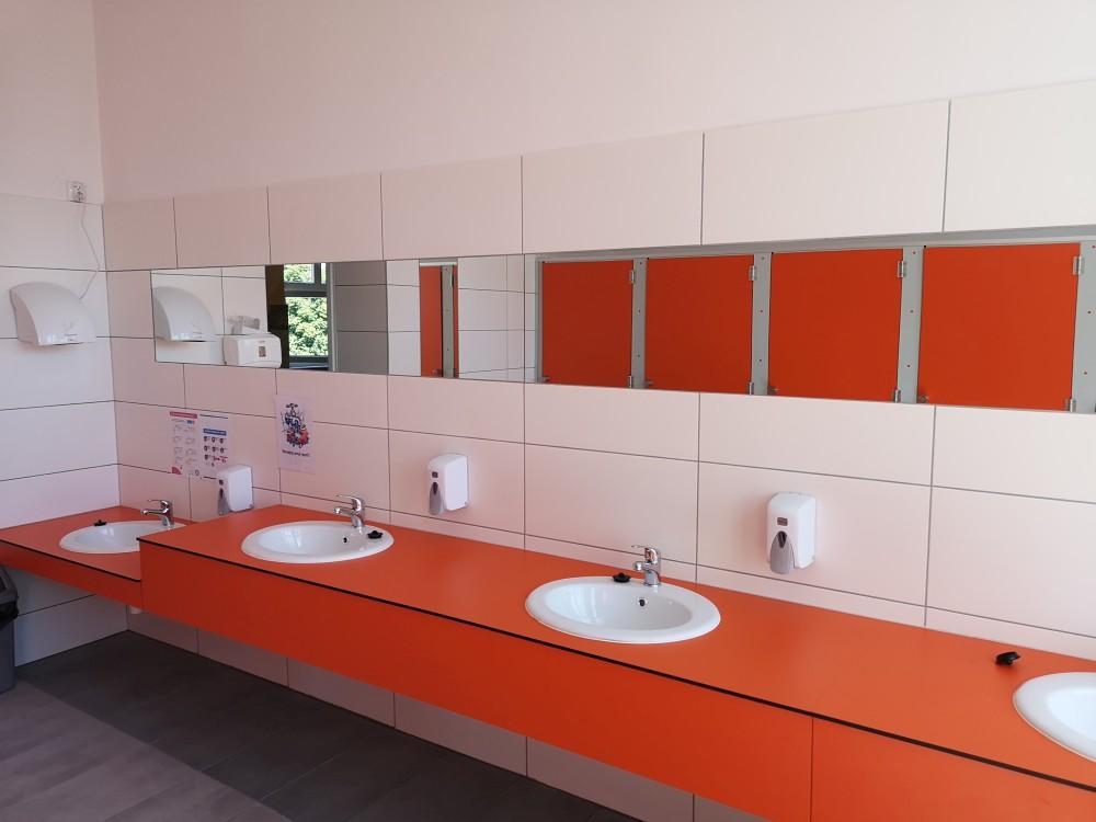 Remont łazienek w Szkole Podstawowej nr10 w Rzeszowie